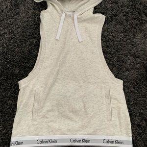 Calvin Klein Hooded Muscle Sweatshirt